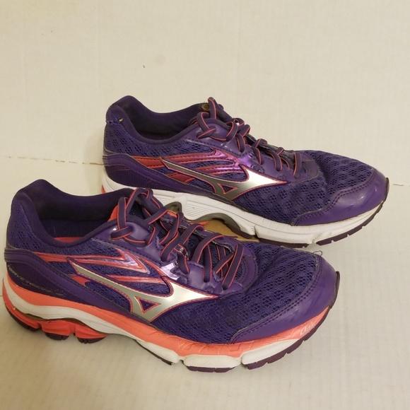 sports shoes c292f a00c1 M 5bfca02c534ef91b92aa0026